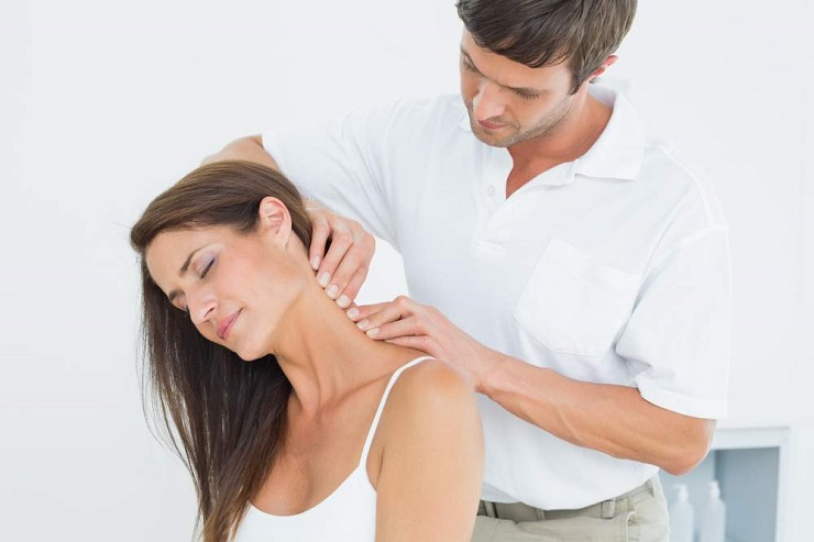 Falls Church, VA Chiropractor Relieves Neck Pain with Chiropractic and Rehab