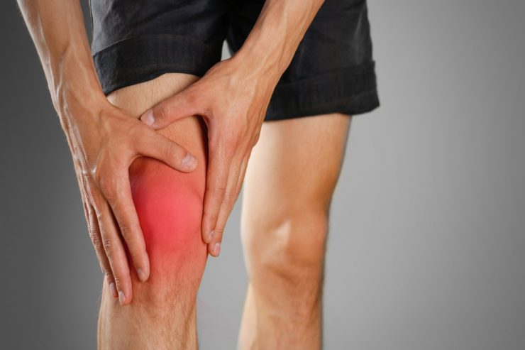 Fairfax Knee Specialist Alleviates Pain with Chiropractic and Rehab
