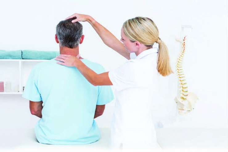 Merrifield VA Whiplash Specialist Helps Locals Recover Quickly